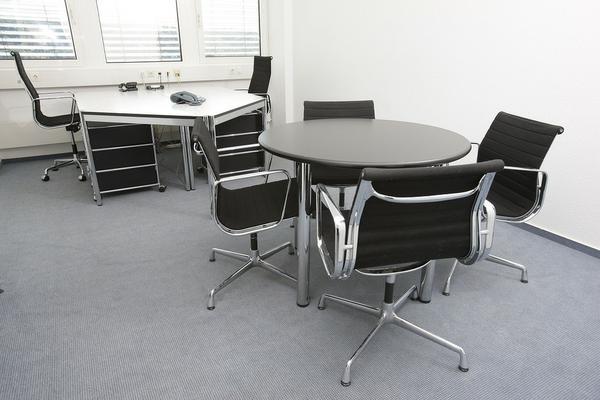 krzesła biurowe od producenta