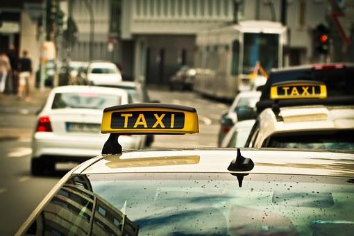 najlepsza taksówka bagażowa w Warszawie