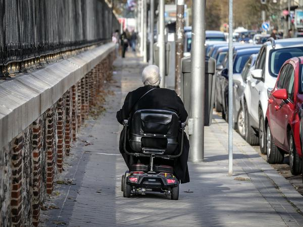 skutery inwalidzkie elektryczne używane