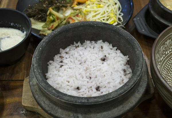 urządzenia do gotowania ryżu